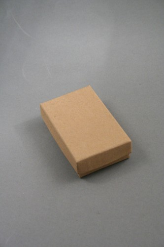 Natural Brown Kraft Paper Gift Box with Black Insert. Approx Size: 5cm x 8cm x 2.2cm. This Box has a Black Flocked Foam Pad Insert.